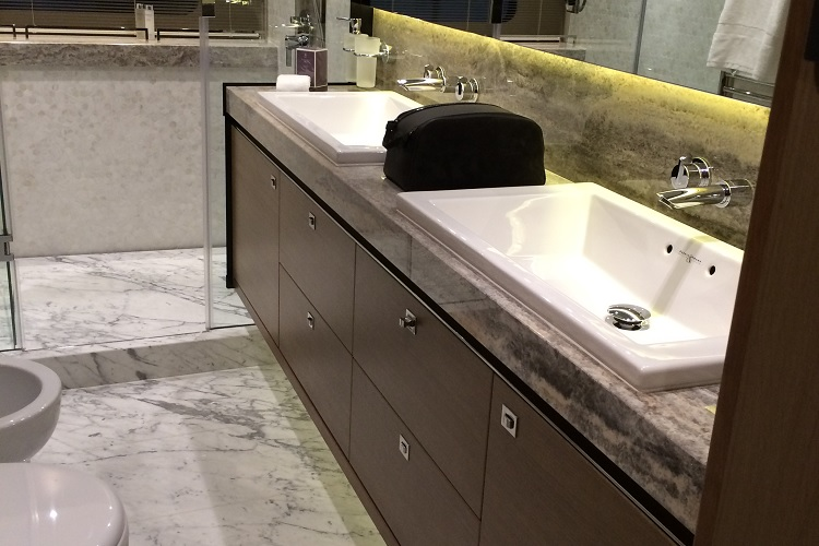 Princess Yachts bathroom resize